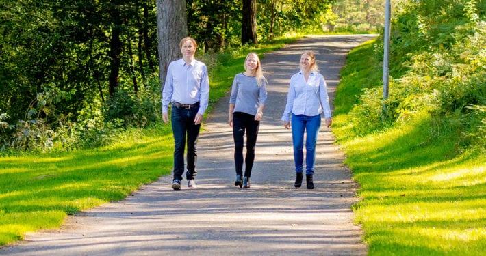 Mirja Ottesen, Guro Kristine Milli og Sverre Valde i Nomiko